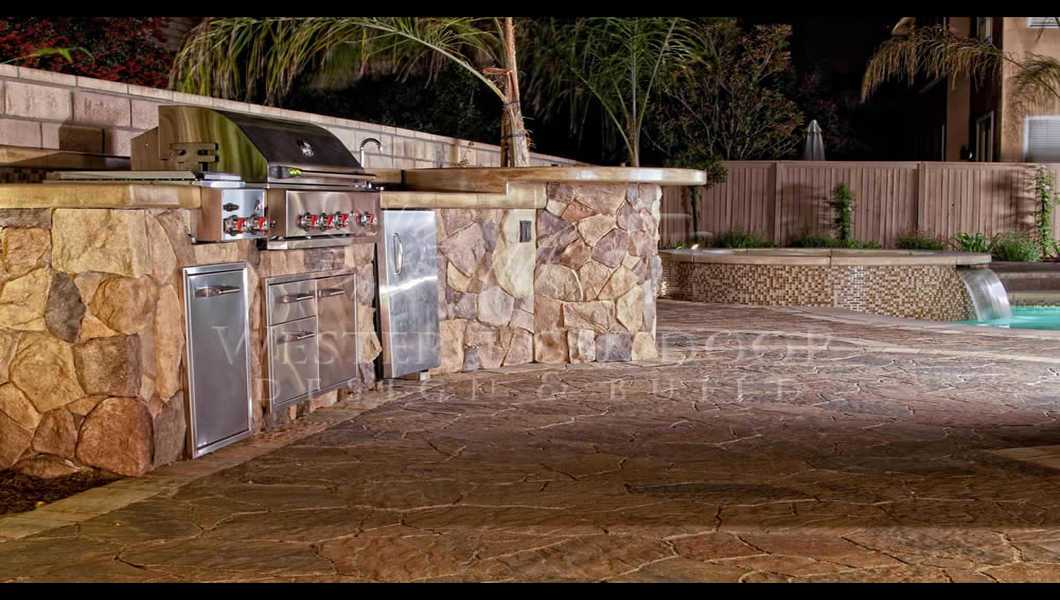 Outdoor Kitchens – BBQ Islands