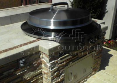 Custom Outdoor BBQ Islands 32