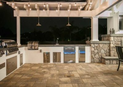 custom outdoor kitchen contractor 12