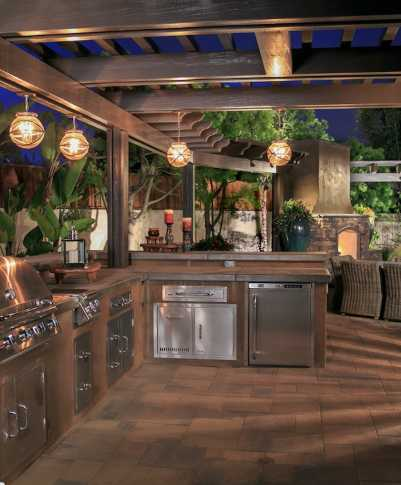 Outdoor Kitchens Contractors